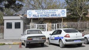 Polis Karakoluna molotof atan 2 kişi gözaltına alındı