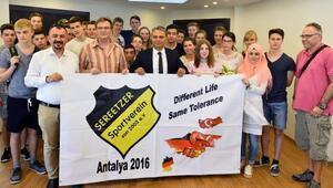Alman gençlere Antalyaya tekrar gelin çağrısı