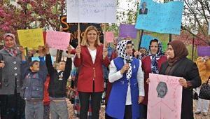Gölbaşında kadınlardan Kılıçdaroğluna kınama
