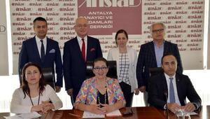 Antalyada Melek Yatırımcı Akademisi