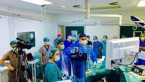 Online katılımlı obezite cerrahisi eğitimi
