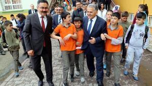 Başkan Büyükkılıç: Genç nesil, fırsatlarını iyi değerlendirmeli
