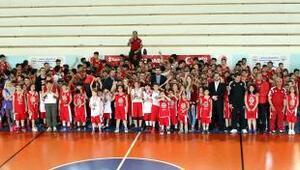 Basketbolun minik yıldızları, Türkiye Ligi Turnuvasında buluştu