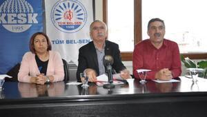 """İzmirde """"laiklik için insan zinciri büyüdü"""