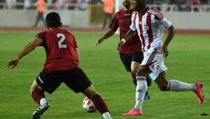 Sivasspor, hazırlık maçında Tokatsporu 3-1 mağlup etti