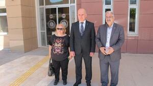 Şevki Yılmaza Atatürke hakaretten beraat