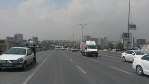 Fotoğraflar / Şüpheli paket  trafiği durdurdu
