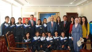 Adıyaman'ın ilk bayan futbol takımı kuruldu