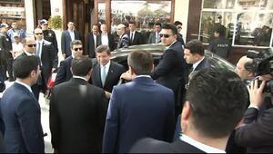Davutoğlu Eyüp Sultanda helallik istedi