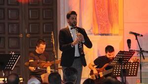 Dünyaca ünlü Klarnet Virtüözü Feidman ile Serkan Çağrı Sinagog'da konser
