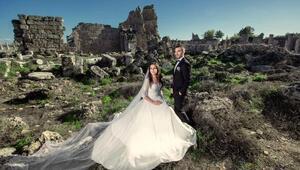 Evlilik fotoğrafları tıklanma rekoru kırdı