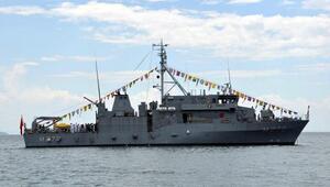 Askeri gemiler Beyaz Fırtına Tatbikatı için İzmire geldi (3)