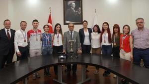 PAÜ step takımı Türkiye Şampiyonu