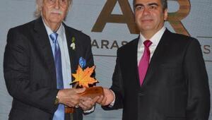 Eşref Kolçak'a Yaşam Boyu Onur Ödülü