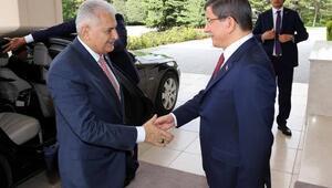 Binali Yıldırım, başbakanlık görevini Ahmet Davutoğlundan devraldı