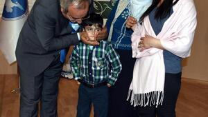 9 yaşındaki Mehmet engel tanımadı, çizdiği resimle ödül aldı