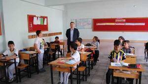 Kaymakam Zadeleroğlu okul gezilerini sürdürüyor