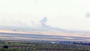 Sınırda muhaliflerle çatışan IŞİD hedefleri obüslerle vuruluyor
