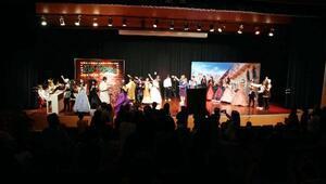 Sanko okullarında müzikal sahnelendi