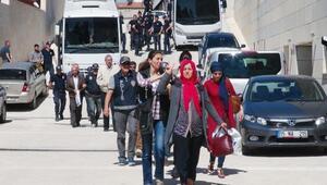 Elazığda gözaltına alınan HDP ve DBPliler adliyede