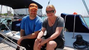 Finlandiyalı aile dijital eğitimi için tekneyle dünya turuna çıktı