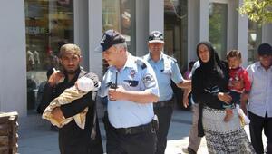 Polis Suriyelilerin sokakta dilenmesine izin vermedi
