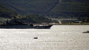 Rus savaş gemisi Çanakkale Boğazından geçti