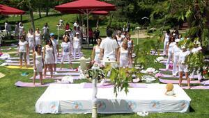 Yoganın oruç tutmayı kolaylaştırıcı etkileri var
