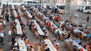 Aksaray Belediyesinden 3 bin kişiye iftar yemeği