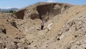 Burdurda tarihi höyük, kaçak kazıda talan edildi