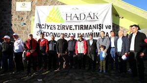 Dağcılar Erciyes'in zirvesi için buluştu