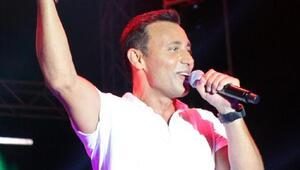Kemer Altın Nar Festivalinde Simge ve Mustafa Sandal konseri