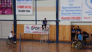 Türkiye Engelliler Badminton Şampiyonası başladı