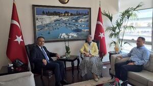 Ramazanoğlundan darbe girişimine karşı duranlara teşekkür ziyareti