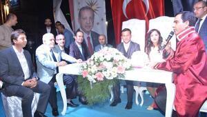 Kırşehir'de demokrasi nöbetinde evlendiler