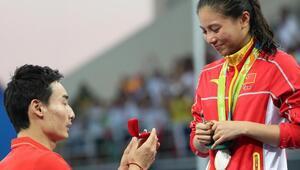 Rio'da sürpriz evlilik teklifi