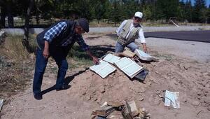 Bolvadinde toprağa gömülü çok sayıda Kuran bulundu - ek fotoğraflar