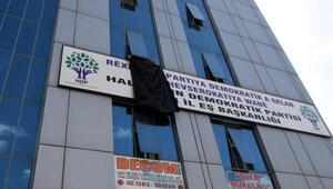 HDP, Vanda  Gaziantep için binasına siyah bez astı