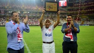 Antalyaspor Asbaşkanı Terzioğlu: Mutluyuz