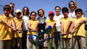 Erzurumlu kadınlar golfü sevdirdi