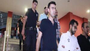 Bylock mesajlaşmasını kullanan 10 asker tutuklandı