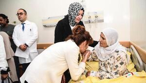 Canlı bomba saldırısında yaralananlara Bakan ve iş kadınlarından ziyaret