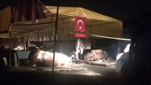 İzmirde silahlı kavga: 3 ölü