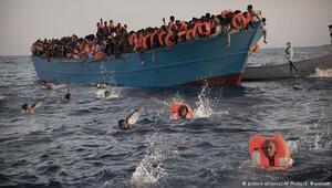 Akdenizde ölüm yolculuğu: Bir günde 6500 sığınmacı kurtarıldı
