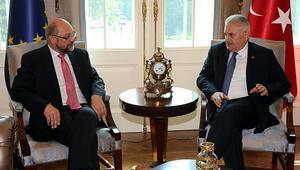 Başbakan Yıldırım ve  Schulztan önemli açıklamalar