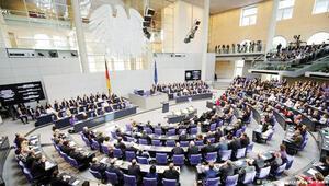 Alman hükümeti: Ermeni tasarısının bağlayıcılığı yok