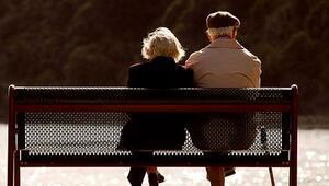 57 yaşından sonraki seks erkekler için riskli kadınlara ise yararlı