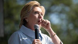 Clintondan öksürük esprisi: Ne zaman Trumpı düşünsem...
