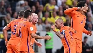 Hollandayı Sneijder kurtardı