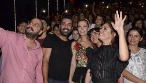 İzmirliler, El Değmemiş Aşk galası coşkusunu yaşadı